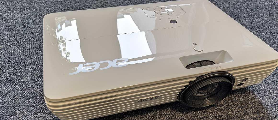 Acer M550BD Beamer Design