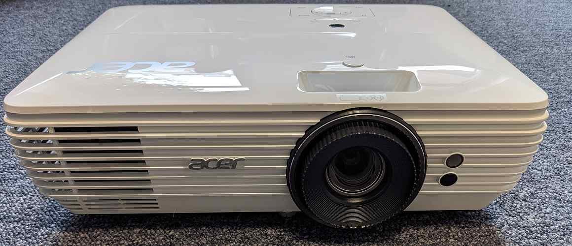 Acer M550BD 4K Beamer