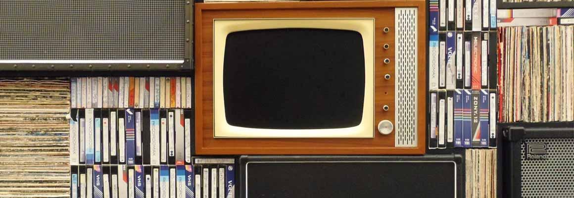 Alter Röhrenfernseher